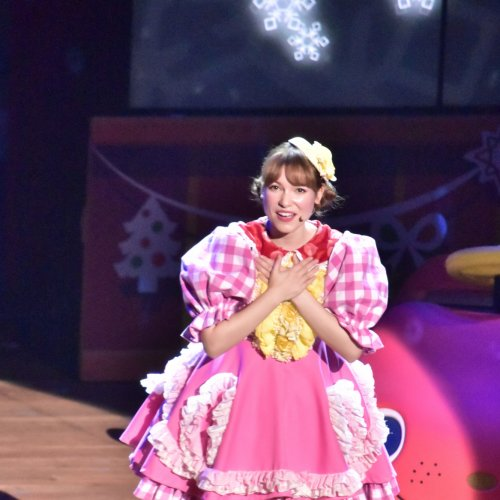 Miki Clark Stage