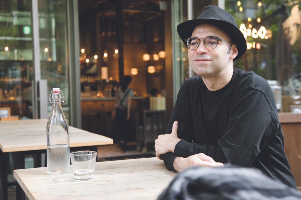 Cyrus Bilingual Actor